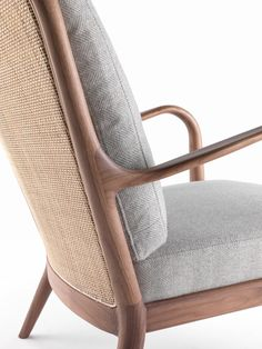 Flexform proposals for living areas and bedroom Find Furniture, Modern Furniture, Furniture Design, Single Sofa, Furniture Manufacturers, Furniture Inspiration, Mid Century Design, Sofa Chair, Chair Design