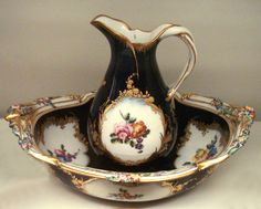 Vincennes soft-porcelain vase, 1753.