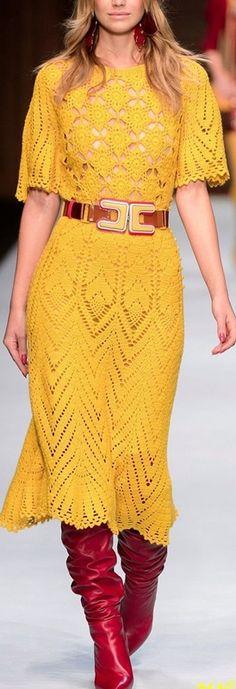 Crochê de passarela - vestidos, blusas de grandes estilistas nas passarelas | De Frente Para O Mar