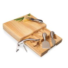 Cheeseboard and Cheese Tools Set | Apollo Toys and Gifts  #GiftIdeasforWife