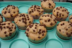 Healthy Banana Chocolate Chip Muffins 128 Calories, 2g Fat, 22 Carbohydrates, 3g Fiber, 3g Protein Ingredients 1 1/4 cups Bananas 2/3 cup Honey 3 tbsp Light And Fit Yogurt 3 tbsp Naturally Sweetened Apple Sauce 2 large Egg White 1 tsp Pure Vanilla Extract 1 serving 2 tbsp Whole Wheat Flour 3/4 cup Oats (Quaker) 1/2 tsp All Purpose Baking Soda 1/2 tsp Salt 1/2 tsp Cinnamon, Ground, 1 Tsp 1/4 cup Semi-sweet Mini Morsels ...