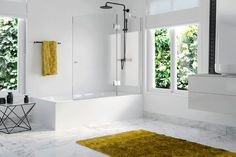 The bathroom must allow the little one's imagination and fun to run free, without forgetting safety, comfort and resistance in each of its components Bathroom Kids, Shower Enclosure, Bath Decor, Imagination, Safety, Fun, Ideas, Security Guard, Fantasy