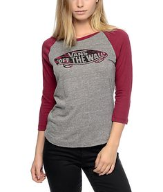 Add some Vans Off The Wall style with the grey and burgundy baseball t-shirt. This women's baseball t-shirt features a burgundy tie dye filled Off The Wall graphic on the chest of the grey body. Grab this t-shirt and shred the streets like a champ.