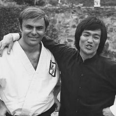 Bruce Lee with John Saxon behind the scenes in Enter the dragon   Follow my second account (@bruce_lee_the_fighter)    #brucelee #legend #practice #training #martialarts #boxer #karate #boxing #taekwondo #kungfu #bestfriend #dragon #fitness #motivation #master #fighter #warriors #kickboxing #workout #film #gym #flykicks #asia #kicks #followme #club #real #super #king #inspiration