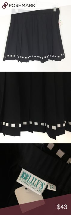 LILY'S OF BEVERLY HILLS SKIRT Black with white at bottom. NWT Lily's of Beverly Hills Skirts Mini