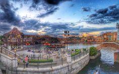 東京ディズニーシー (Tokyo DisneySea) Tokyo Disney Sea, Tokyo Disneyland, Relaxing Holidays, Tower Of Terror, Indiana Jones, Old Photos, Four Square, Travelling, Japan