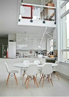Big dining room space #momastudio #interior #white #workplace