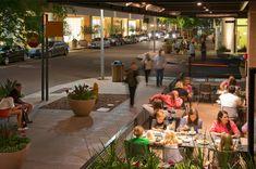 斯科茨代尔区商业街与办公区景观 Scottsdale Quarter by Design Workshop Scottsdale Quarter, Large Water Features, Desert Oasis, Public Art, Workshop, Entertaining, Table Decorations, Commercial, Outdoor