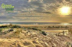 Por unas Playas Limpias y sin Colillas de Cigarros!!! Comienza a #Vapear y contribuye a que tus playas esten mas limpias!!! Green Smoke Algeciras