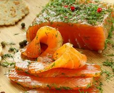 Gravlax Marinated Salmon with Mustard and Dill Sauce and Buckwheat Blinis (Salmon Recipes Dill) Fish Dishes, Seafood Dishes, Seafood Recipes, Dinner Recipes, Cooking Recipes, Meal Recipes, Healthy Salmon Recipes, Healthy Snacks, Raw Fish Recipes