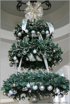 Hanging Christmas Tree - WREATH CHANDELIER ~ This would be so pretty in the entryway! this would make a very pretty outdoor tree for our porch Christmas Decor Diy Cheap, Hanging Christmas Tree, Decoration Christmas, Noel Christmas, Winter Christmas, Christmas Wreaths, Christmas Ornaments, Gold Ornaments, Outdoor Christmas