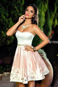Rochie Julieta Roz - Pentru nopti pline de senzualitate si clipe memorabile ai…