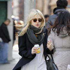 dakota fanning style - fall winter fashion