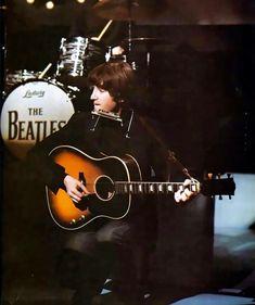 Richard Starkey and John Lennon John Lennon And Yoko, John Lennon Beatles, The Beatles, Beatles Photos, Ringo Starr, George Harrison, Paul Mccartney, Rock N Roll, Beatles Guitar