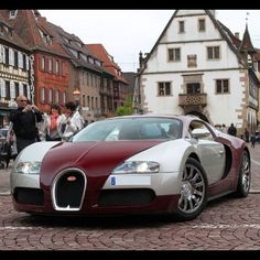 Bugatti Veyron trying to fit in!