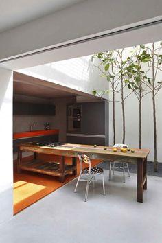 Incredible kitchen.