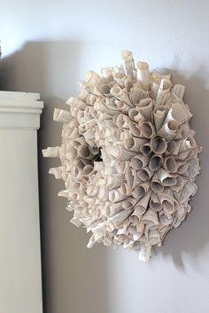 Book page wreath. Made one out of old, hymn book pages to hang on the mirror at end of the hall . Diy Vintage Books, Vintage Paper, Book Page Wreath, Book Page Crafts, Design Blog, Front Door Decor, How To Make Wreaths, Book Pages, Love Art