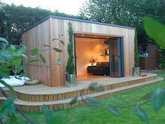 I want an Eco-friendly Garden Office - Who wouldn't mind a daily commute to this office space?