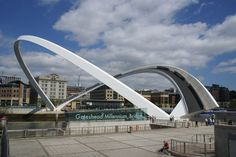 Gateshead Millennium Bridge / Gateshead / United Kingdom | Architect: Wilkinson Eyre Architects