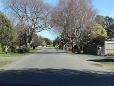 looking south-west on Martin St, as you can imagine looks a lot better in summer with foliage on the trees...