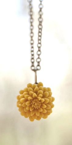 Mustard yellow chrysanthemum flower necklace