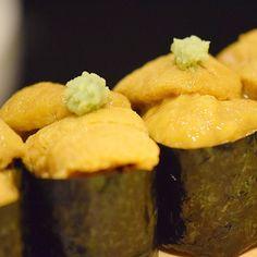 Sea urchin Gunkan Maki Sushi  雲丹軍艦巻  #kaiseki #cuisine #kitaohji #seaurcin #gunkanmaki #sushi #雲丹 #軍艦巻き #寿司 #japanesefood #japnesecuisine #instafood #foodpic #yum #yummy #thonglor #sukhumvit #bangkok #อาหารญ #dinner #authenticjapanesecuisine by takashi.kitahara