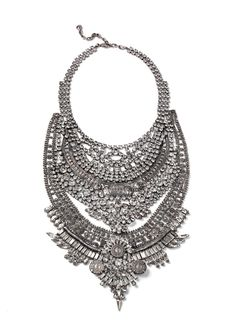 Now THIS is a statement #bridal necklace! // 'Falkor' by Dylanlex
