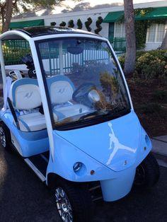 Michael Jordan's Golf Cart is Pretty Awesome Cheap Jordan Shoes, Air Jordan Shoes, Michael Jordan Golf, Golf Range Finders, Custom Golf Carts, Golf Academy, Golf Instructors, Golf Magazine, Tar Heels