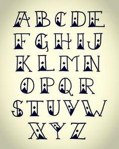 Pueden usar este tipo de letras y llenar de colores su bullet journal, quedarán…