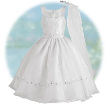 Beautiful First Communion Dress.... we don't need this anytime soon, someday though! :)