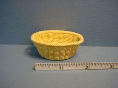 Laundry-Basket-Empty-A1436-Dollhouse-Miniature