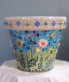 scraps pot side 2 by GroutElf (Stephanie) Mosaic Planters, Mosaic Garden Art, Mosaic Vase, Mosaic Flower Pots, Mosaic Tiles, Pebble Mosaic, Tiling, Flower Pot Crafts, Clay Pot Crafts