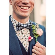 real-wedding-menswear-and-buttonholes.jpg 400×400 pixels