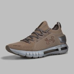 Air Max Sneakers, Sneakers Nike, Under Armour Shoes, Cool Toys, Nike Air Max, Shoe Boots, Alloy Wheel, Gadgets, Nike Trainers