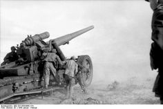 The German Black Dragon A 15 cm Kanone 18 firing at allied positions in Tunisia, the problem with the 15 cm K 18 was that the carriage was to complicated to move, and that it was too much gun for too little shell, but it had an excellent range.