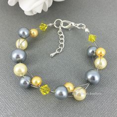 Pearl Necklace Grey and Light Yellow by DaisyBeadzJoaillerie