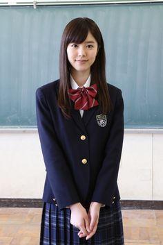 「ソニー損保」のイメージキャラクターを務める唐田えりかが、7月8日放送スタートの人 - Yahoo!ニュース(デビュー)