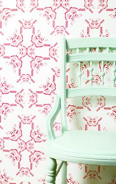 wallpaper for little girl's room - Woodsy Bond Sailor in White