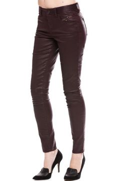 #women in leggings as pants  legging pants #2dayslook #new #leggingfashion  www.2dayslook.com