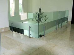 Balcony Glass Design, Architecture, New Homes, Dining Table, Archie, Cool Stuff, Furniture, Home Decor, Cafe Restaurant