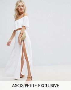 Browse online for the newest ASOS PETITE Beach Frill Top & Split Hem Maxi Skirt Co-Ord styles. Shop easier with ASOS' multiple payments and return options (Ts&Cs apply). Beach Maxi Skirt, Jersey Maxi Skirts, Maxi Skirt Style, White Maxi Skirts, Petite Long Skirts, Short Skirts, Vegas Dresses, Frill Tops, Latest Fashion Clothes