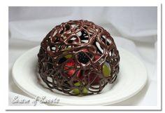 CHOCOLATE DESSERT DOME Awesome idea.Love it!!!