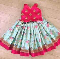 Image gallery – Page 518125132126086459 – Artofit Kids Dress Wear, Kids Gown, Dresses Kids Girl, Baby Dresses, Kids Outfits, Girls Wear, Kids Frocks Design, Baby Frocks Designs, Kids Lehanga Design