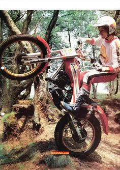 All about Armstrong trials bikes, history, models, technical info, parts and supplies. Motos Trial, Trial Bike, Vintage Twins, Old Motorcycles, Vintage Motocross, Bmw, Trail Riding, Drag Cars, Dirt Bikes