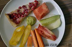 Ein voller Frühstücksteller versüßt auch vegalina den Start in den Tag und macht mich gleich ein wenig neidisch.  http://vegalina.wordpress.com/2014/09/10/vegan-wednesday-107/