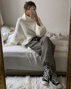 Winter Fashion Outfits, Fall Winter Outfits, Look Fashion, Autumn Winter Fashion, Girl Fashion, Mode Outfits, Trendy Outfits, Trendy Shoes, 40s Mode