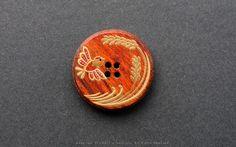 2011秋蒔絵ボタン (- 伯兆 / hakutyou -): 作品: 野庵 yarn 着物小物のお店 (根付、帯留、かんざし、簪、和小物 等)