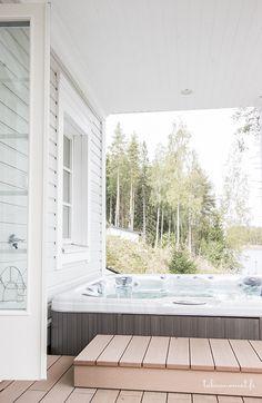 Rantasauna Kannustalo, poreallas Future House, Cottage, House, Outdoor Bed, Home, Outdoor Spaces, Outdoor Space, Tub Pools, Outdoor Deco