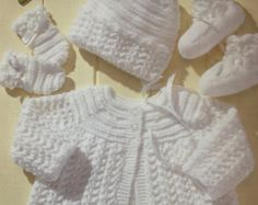 vintage baby knitting pattern for dk double knit by ECBcrafts