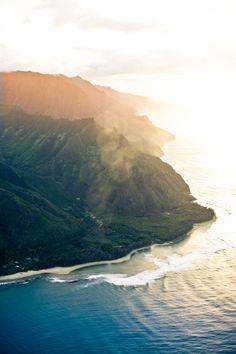 Hawai'i. Desperately in need of a beach vacation.